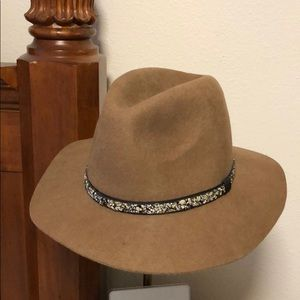 Suncoo Tan Felt Hat